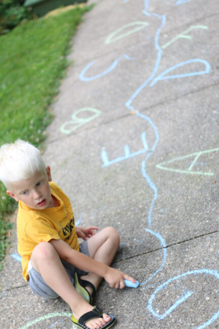 Get learning outdoors this summer and keep up the letter recognition with this simple fun sidewalk letter matching activity for preschoolers.